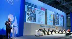 Report Director Aaron Benavot presenting findings from the 2015 GMR at the World Education Forum in Incheon.