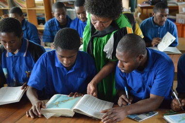 PNG 06 | Language lesson in the library, Enga | Sarah Wiles